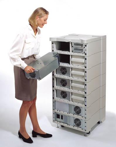 APC SYMMETRA POWER MODULE uninterruptible power supply (UPS) 4000 VA 2800 W
