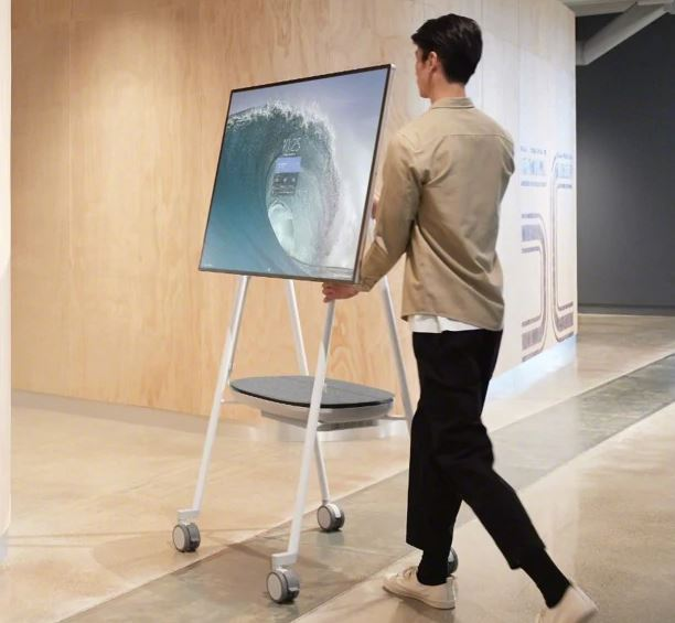 Steelcase Roam Mobile Stand